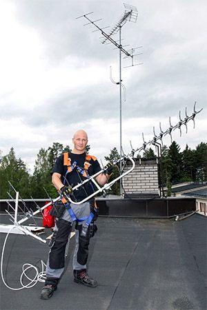 Nurmijärveläisen Plusasennuksen antenniurakoitsija Petteri Yliniemi
